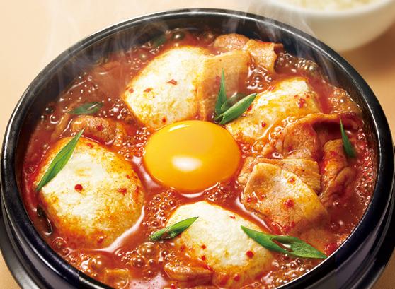 エスコートアガシと韓国料理 スンドゥブ