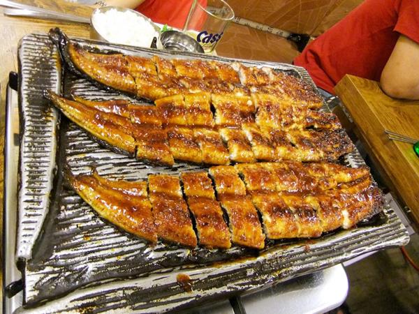 韓国エスコートアガシと韓国料理 チャンオグイ
